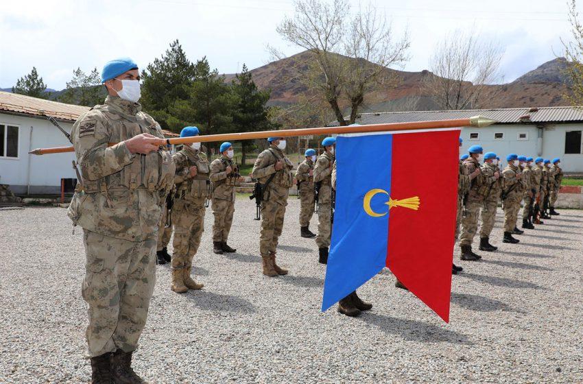 Vali Ayhan, Jandarma Asayiş Komando Bölük Komutanlığına Uğradı